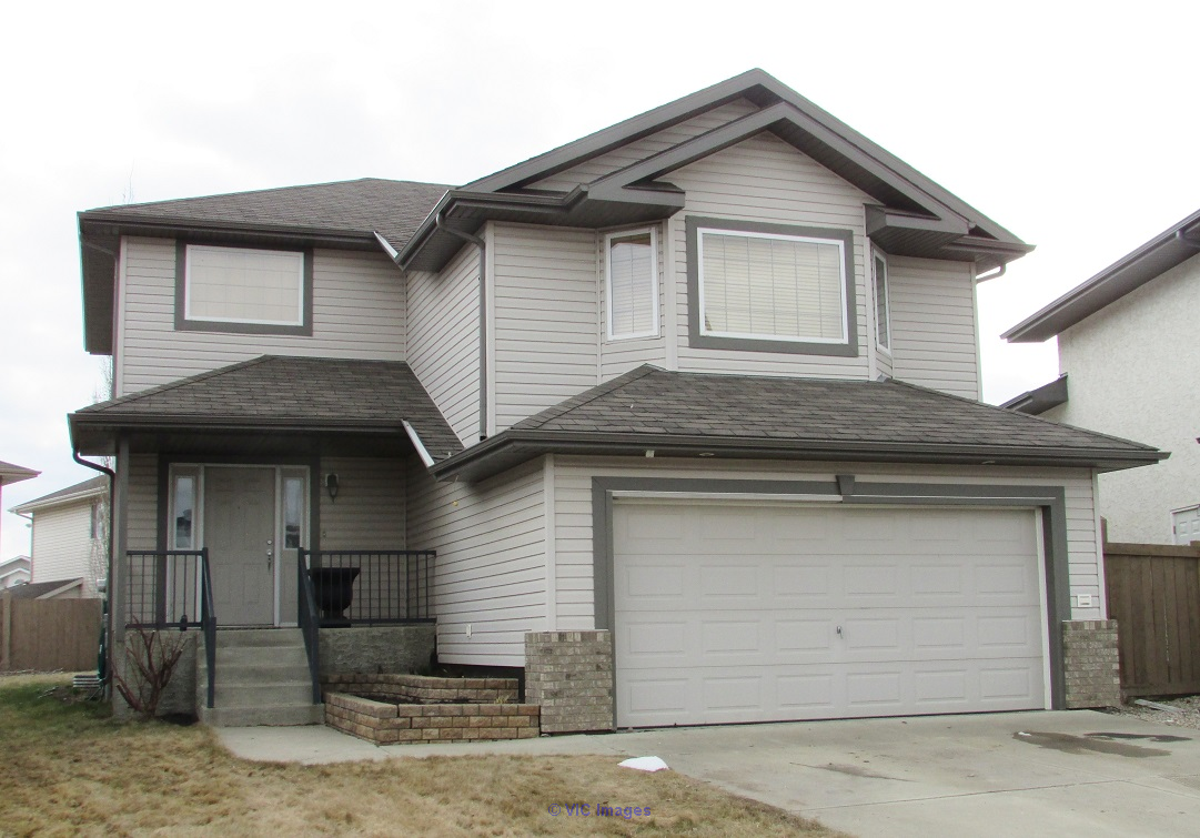 1938 sq ft, 3 beds, 2.5 baths in Hudson, large deck, dbl gar. $444,900 Edmonton, Alberta, Canada Classifieds
