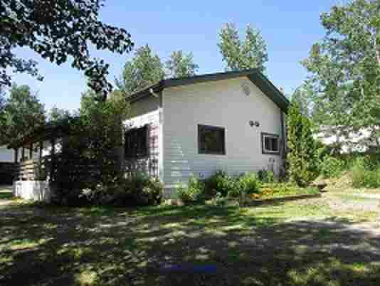 $299,900 Beautiful Antler Lake home; 1300+ sq ft, 3 beds, 1 bath Edmonton, Alberta, Canada Classifieds