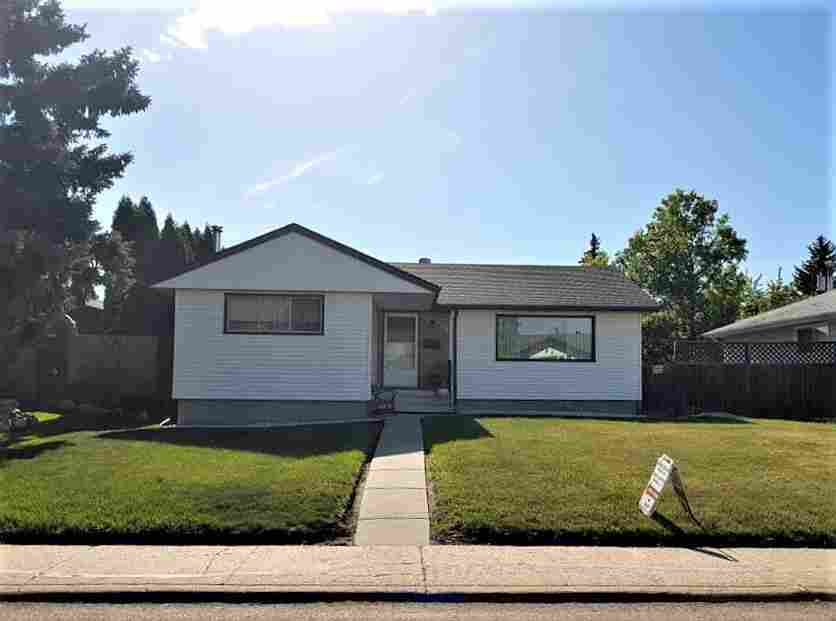 $364,900! SE home, 1136 sq ft, 4 bed, 2 bath, dbl. o/s garage w/loft Edmonton, Alberta, Canada Annonces Classées