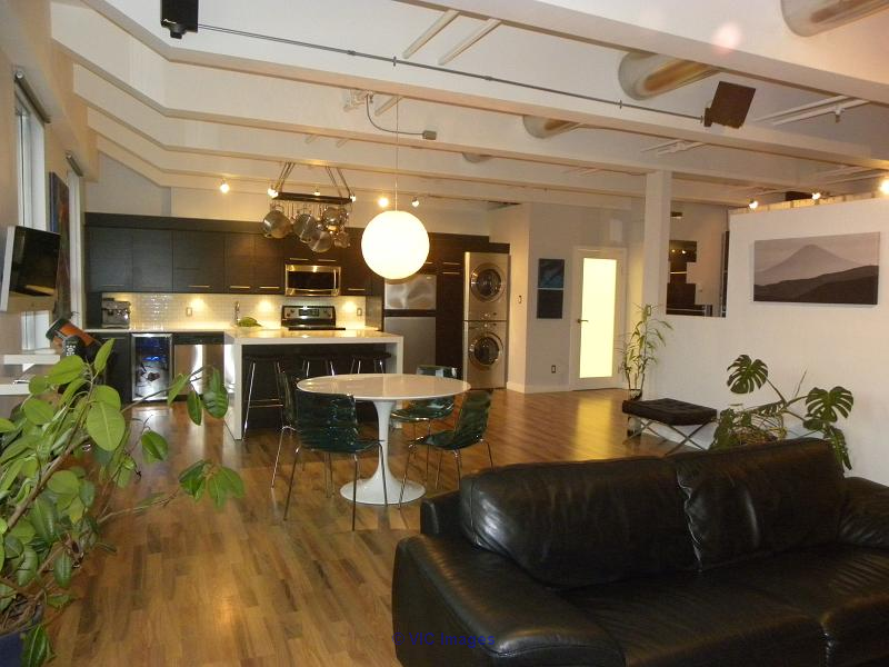 $234,900!  Great Executive Loft Condo Downtown - 1003 sq ft!  Move in! edmonton